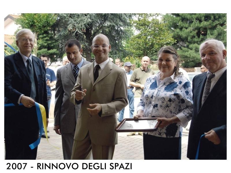 2007 - MOBILIFICIO BERTOLUTTI